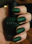 0204-green-nail-polish-juliakramka_bd_large